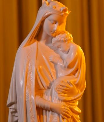 Será que Deus tem mãe?