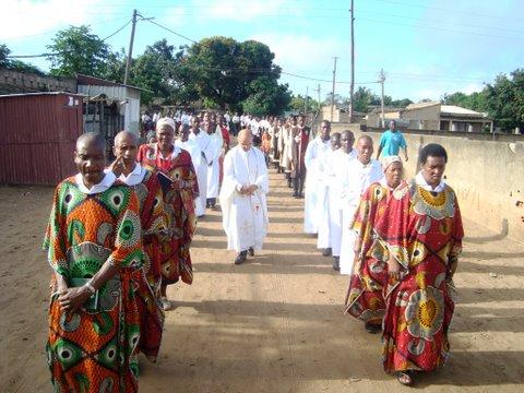 Arautos do Evangelho _procissão em Maputo
