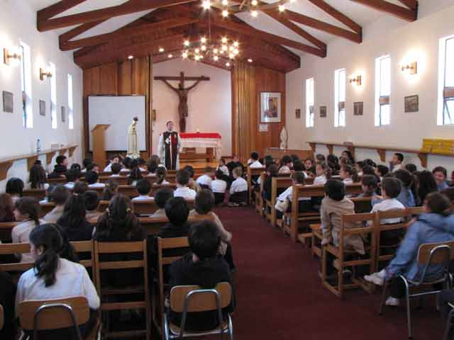 Visita al Colegio St. Thomas Morus
