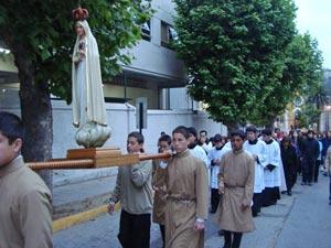 Rosario de la Aurora en honor a la Santísima Virgen