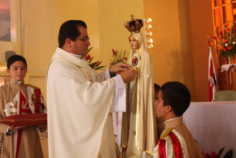 Misa en Guadalupe de Cartago