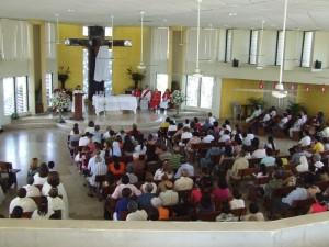 Parroquia Nuestra Señora del Sagrado Corazón, ubicada en Los Prados, Santo Domingo.