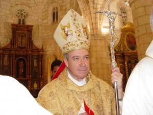 El Cardenal Lopez Rodriguez celebró la Misa por el 14 aniversario de Televida.