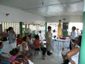 La Imagen Peregrina de Nuestra Señora de Fátima es llevada a distintas familias y comunidades del País.