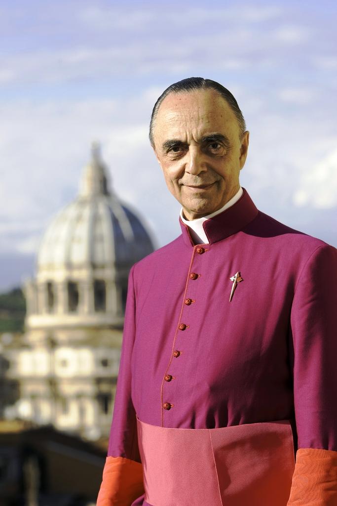 Sedici anni di fedeltà alla Santa Sede.