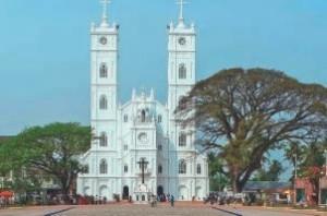 Santuario_Nossa Senhora de Vallarpadam