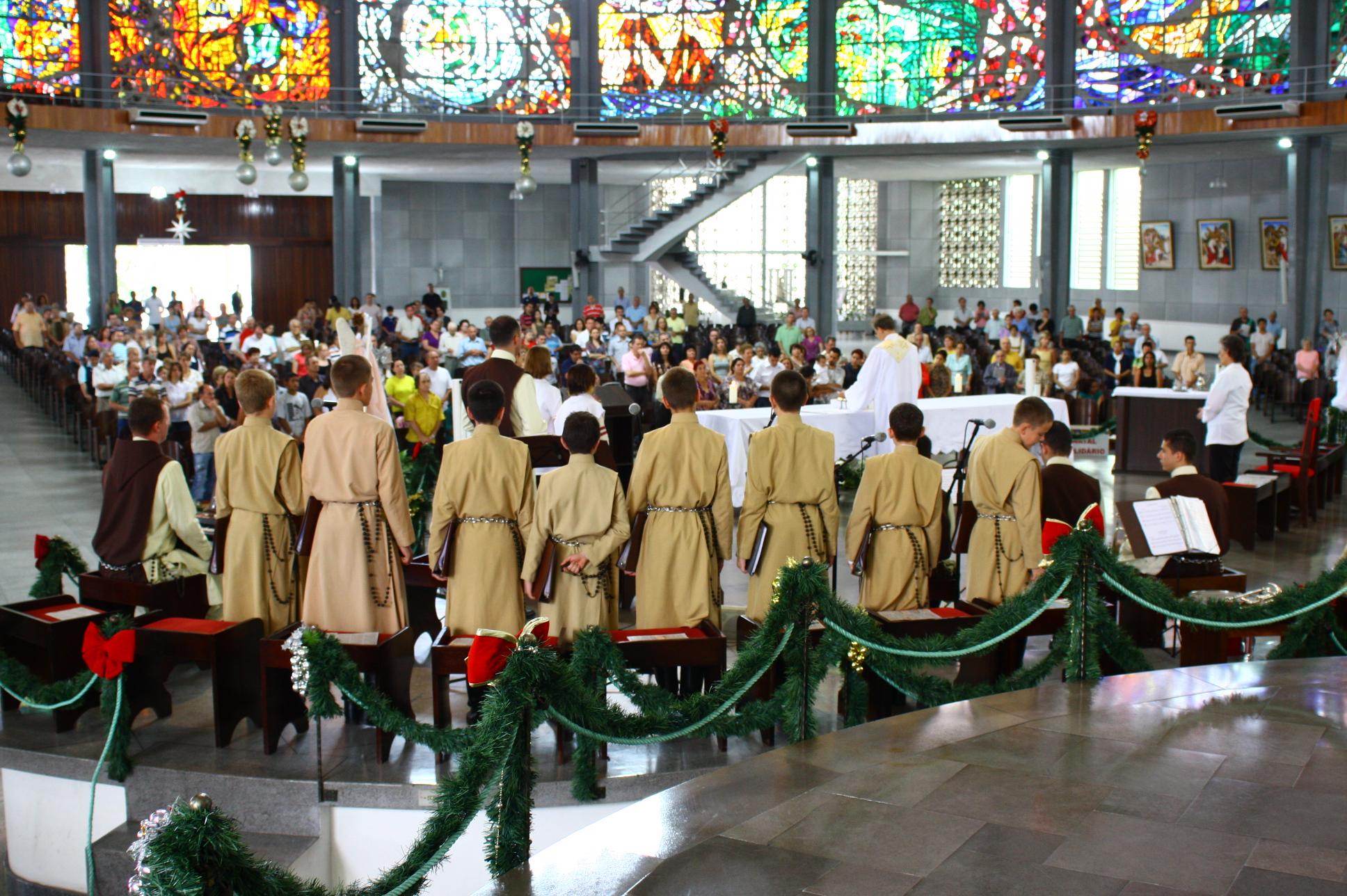 Primeira apresentação oficial do coro dos Arautos do Evangelho de Joinville