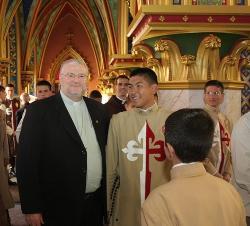 """""""Se vi cruzes, também vi muitas luzes e vitórias a serem celebradas"""", afirma Dom Irineu."""