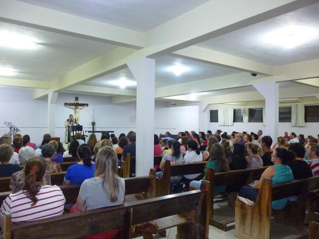 Curso de Consagração na Paróquia Senhor Bom Jesus