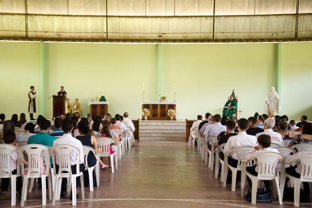 Primeira Santa Missa dominical na casa dos Arautos de Joinville