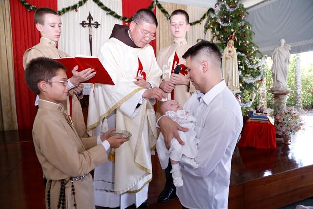 Batismo nos Arautos do Evangelho