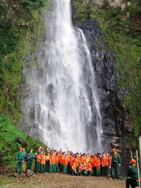 Jovens do Projeto Futuro e Vida na Rota das Cachoeiras