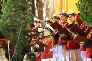 Coral e orquestra infanto-juvenil dos Arautos do Evangelho abrem os festejos natalinos em Nova Friburgo