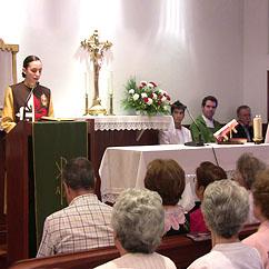 Arautos participam na Eucaristia