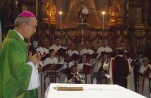 Missa de envio celebrada por D. Giovanni Crippa