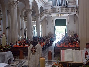 Arautos celebraram 13º aniversário da aprovação na Basílica da Piedade
